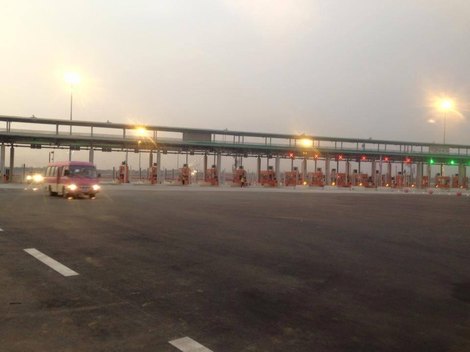 L'ouverture du pont HKB (Ph: Lionel Atindehou)