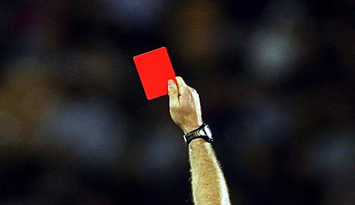 http://pigistalement.mondoblog.org/files/2015/03/Dans-un-match-il-y-a-toujours-un-carton-rouge.jpg