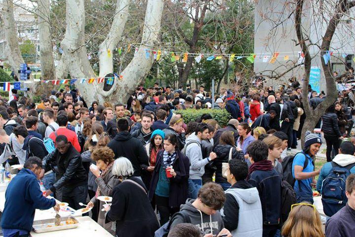 Les étudiants de l'Université de Toulon ne sont pas fait priés