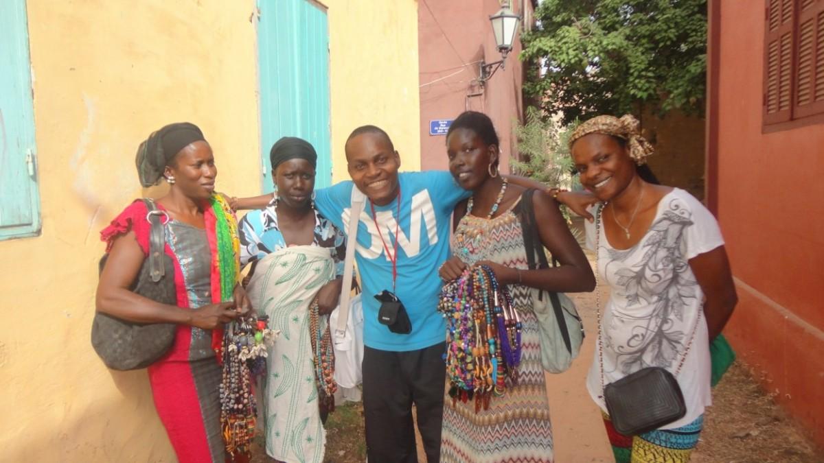 Ecclésiaste, mondobloggeur a préféré sympathiser avec les commerçantes de gorée