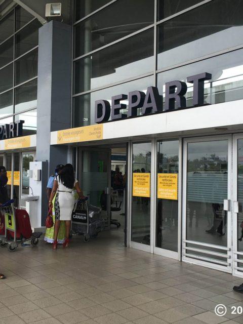 Hall-de-depart-aeroport-dAbidjan-CI
